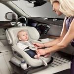 Инновационное детское автокресло от Volvo