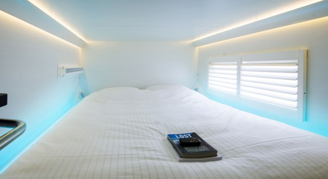 citihub-capsule-hotel-amsterdam1-640x350.jpg.pagespeed.ce.194fCeRz3g