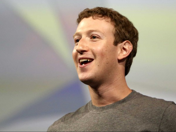 mark-zuckerberg-facebook-sv100-2015-1