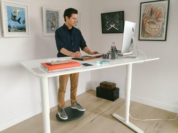 feazer_standing_desk2