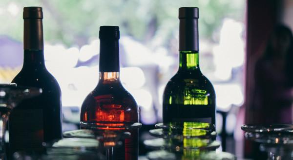 winecrasher-retail-debranded-wine-ecommerce