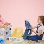 Коробочка с детской одеждой для осмысленного шоппинга