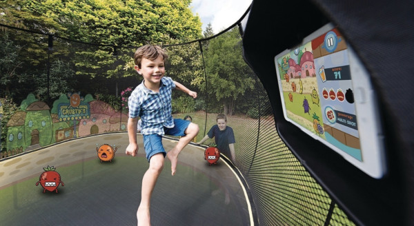 tgoma-1-trampoline-table-outdoor-digital-gaming