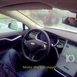 Хакерам удалось удаленно управлять Tesla Model S